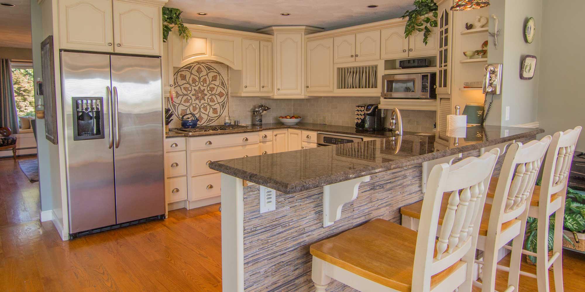 staged-kitchen