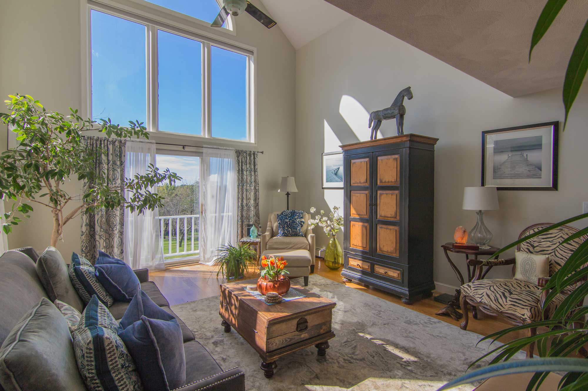 staged-living-room-3